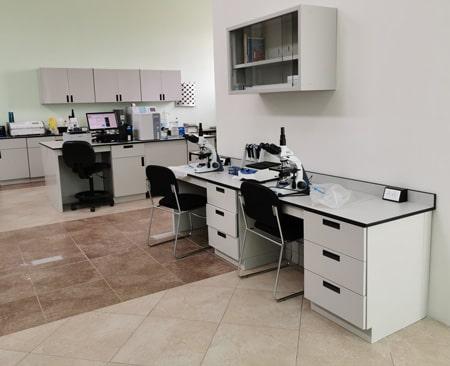 equipo laboratorio min